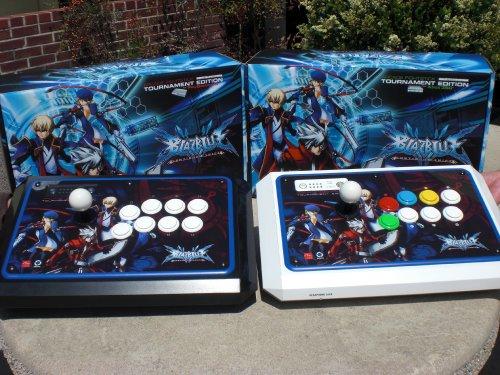 Arrivano gli Arcade Sticks dedicati a BlazBlue: Continuum Shift