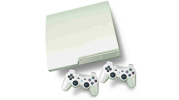 PlayStation 3 si tinge di bianco in UK da Novembre