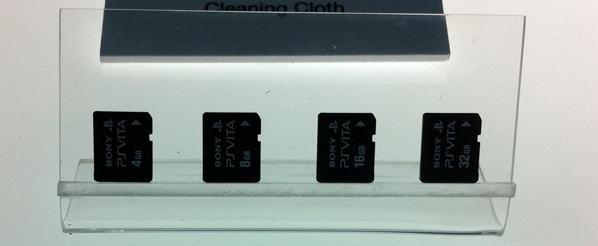 PS Vita: la prima immagine delle memory card