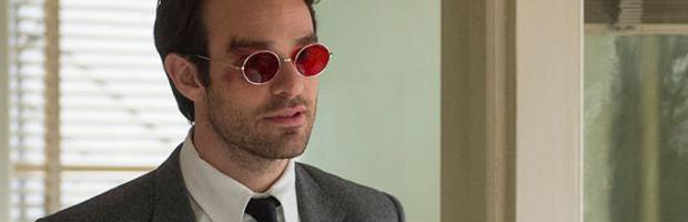 Daredevil avrà il suo costume rosso nel serial, le foto in hi-res