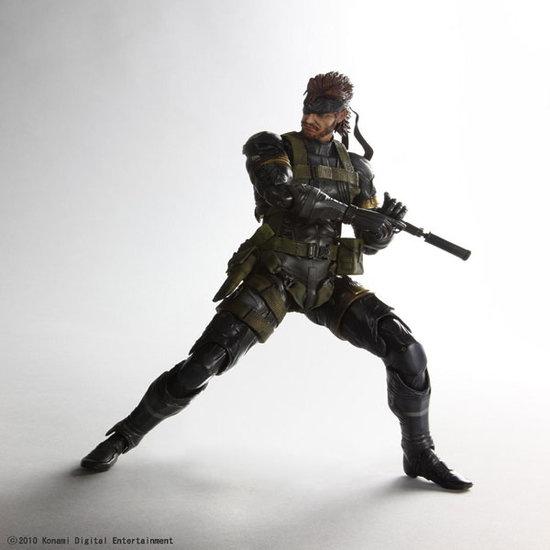 Metal Gear Solid: Peace Walker, la figurine Play Arts di Snake