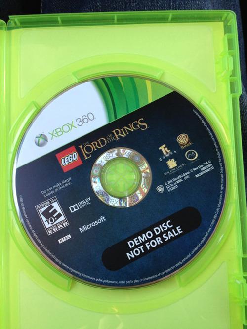 LEGO Il Signore degli Anelli: negli USA la confezione della versione Xbox 360 contiene un disco demo