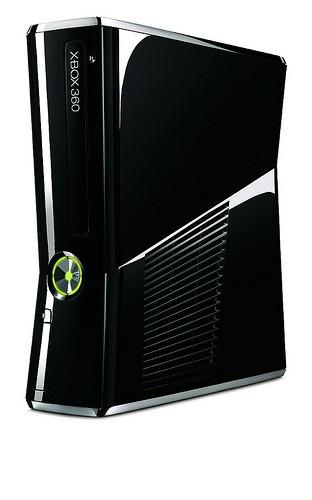 Xbox 360, il nuovo modello negli store da questa settimana