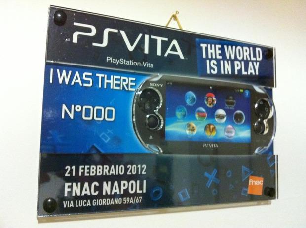 PlayStation Vita: apertura straordinaria anche a Napoli presso FNAC