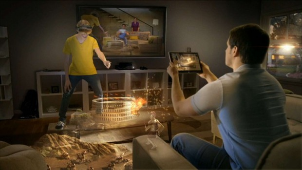 Microsoft mostra il proprio visore per la realtà virtuale