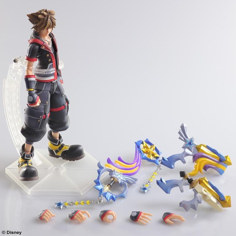 Kingdom Hearts 3: Play Arts presenta la nuova action figure di Sora