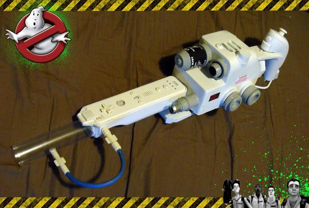 Ghostbusters: un WiiMote amatoriale a forma di fucile protonico