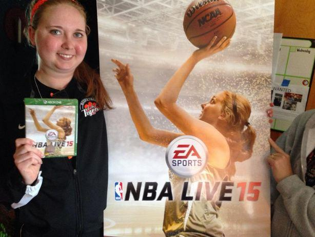 NBA LIVE 15: EA Sports onora Lauren Hill, giocatrice colpita da un cancro terminale