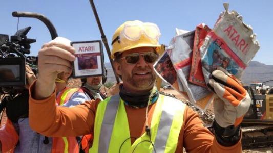 E.T.: ritrovate ufficialmente le cartucce del leggendario gioco Atari nella discarica di Alamogordo