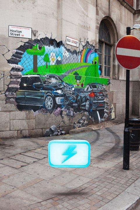 Arte di strada per promuovere Blur