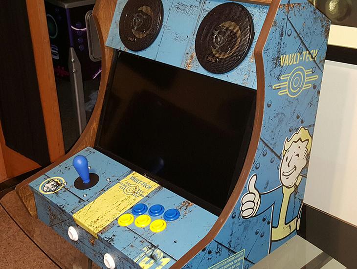 Fallout 3: due fratelli costruiscono il cabinato arcade del gioco