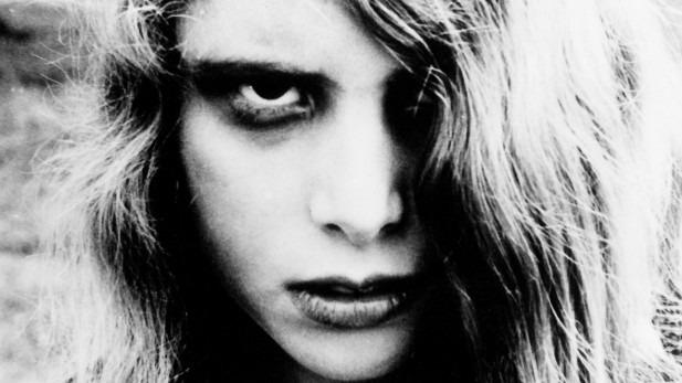 Risultati immagini per la notte dei morti viventi romero
